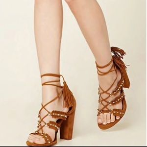 Forever 11 Faux Suede Fringed Heels/sandals 7.5